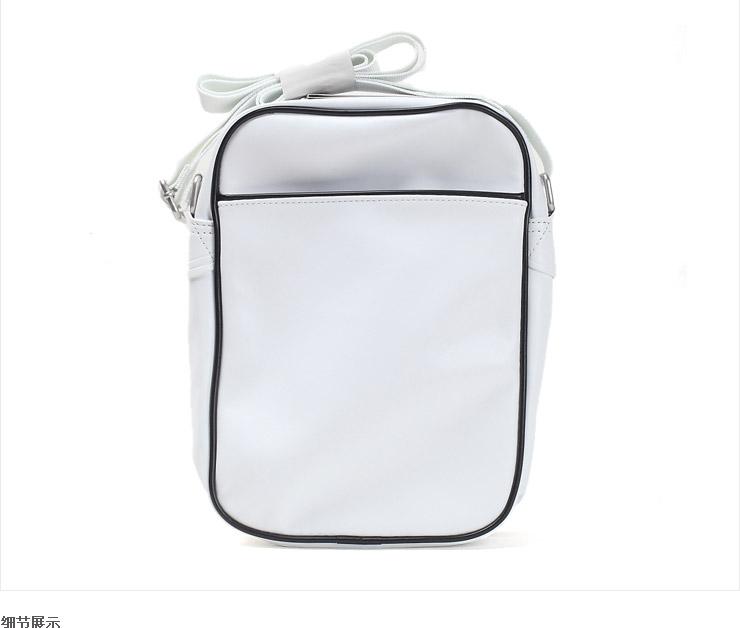 Бренд: Nike Открытый мешок: Застежка-молния Внутренняя структура: Молнии мешочек Рюкзак стиль: На одно плечо...