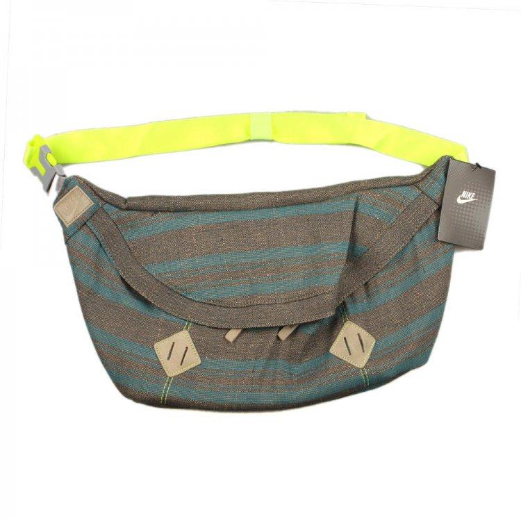 Поясная сумка Nike BA4510/372 для взрослых Летом 2012 года.